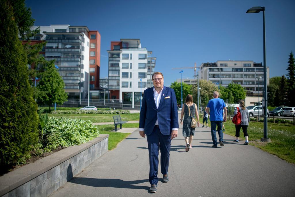 Järvenpään kaupunginjohtaja Olli Naukkarinen.